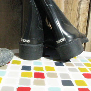 DKNY Shoes - DKNY Tall Rubber Zip Up Punk Boots